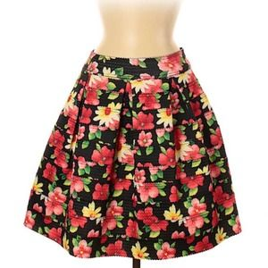 Gracia Casual Skirt, Black Pink Floral, Med, EUC